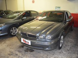 Jaguar X-Type 2.5 v6 executive Benzina Revisionata Tagliandata